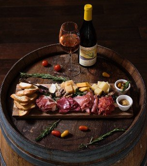 charcuterie and wine pairing gift
